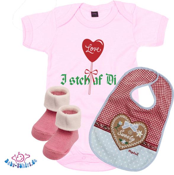 tolles baby geschenk set f r m dchen mit herzaufdruck i steh af di. Black Bedroom Furniture Sets. Home Design Ideas